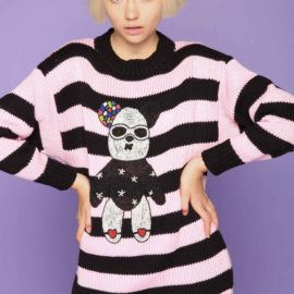 Sweater with pink stripes