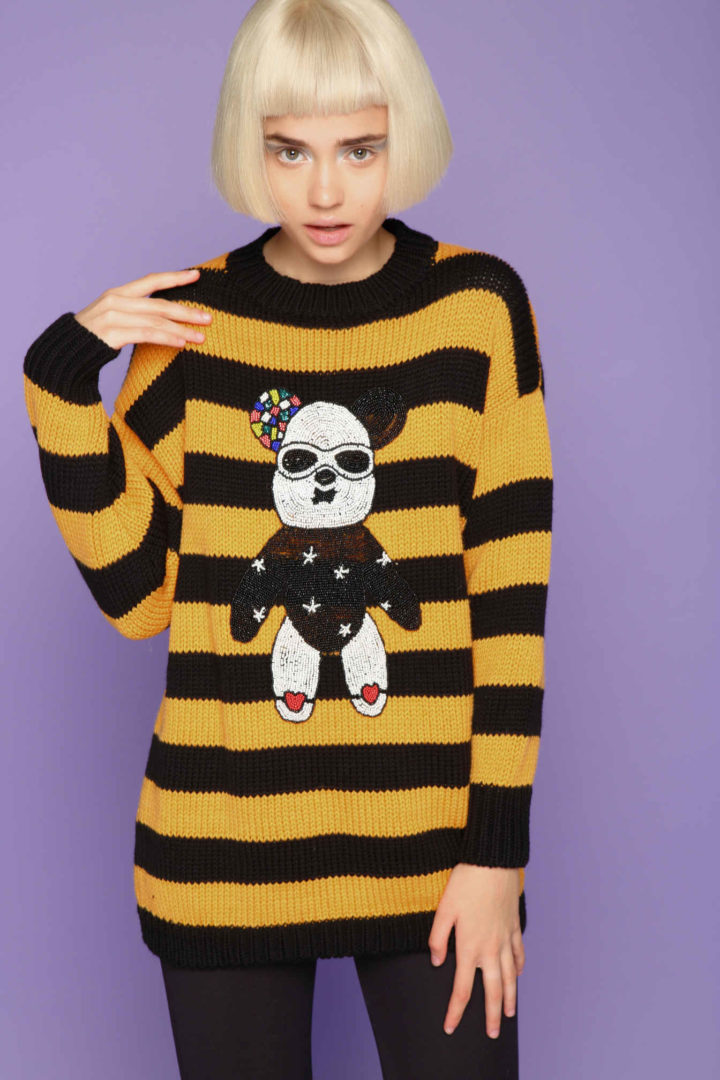 Sweater with yellow stripes