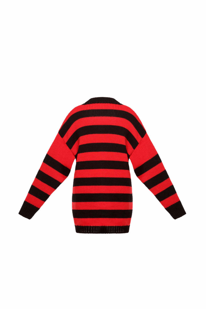 Sweater with red stripes